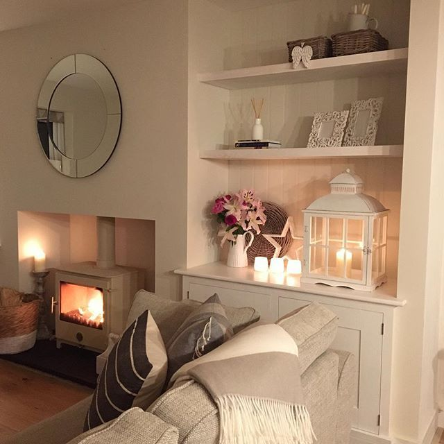 Evening all, candles lit and fire going ready for a cosy family evening! Some careful photography skills to show a part of the living room that is pretty much finished, the other alcove is still without doors! The joys of living with a carpenter! But I can't complain as he has done a fab job wishing you all a lovely evening #lounge #loungedecor #loungeinspo #livingroom #livingroomstyle #livingroominspo #livingroomdecor #livingroomaccessories #livingroominterior #logburner #chillipenguin...