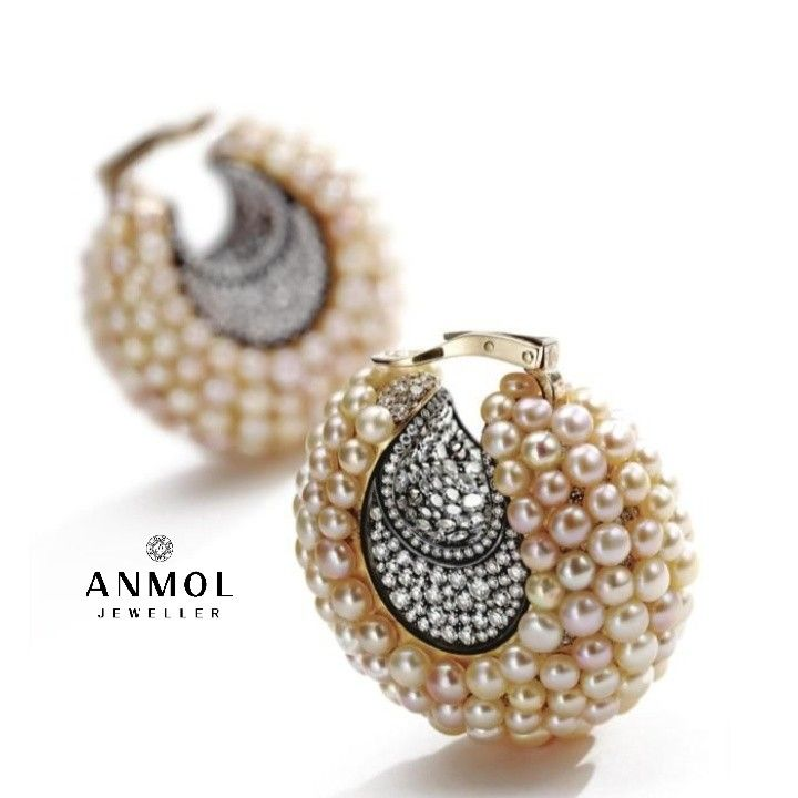 Stylish and Bold look , Pearls earings with diamonds. This is a small beautiful stud with all natural pearls studed all over .. #anmol_jeweller  #gold #earing #hanging #jewellery #jewel #accessories #diamond #stone #antique #pearl #fashion #beautiful #lavish #designer #royal #luxury #wearable #stud  For queries call or watsapp:9910401704.  To place order mail us at:Anmol.jeweller01@gmail.com