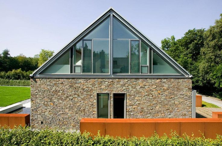 Double Pitched Roof M 246 Llmann Residence In Bielefeld