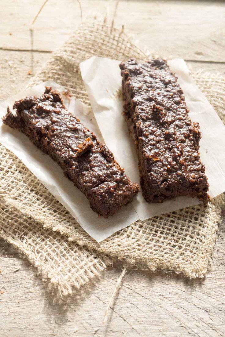 chocolate sea salt RX bars (copycat recipe) - Smart Nutrition