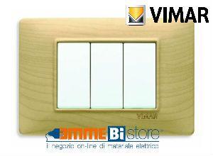Placca 3 posti Vimar Plana 14653.61 #vimar #seriecivile #plana #prezzoplacche #arredare #arredamento #design #illuminazione #interni #emmebistore #placca #legno #acero
