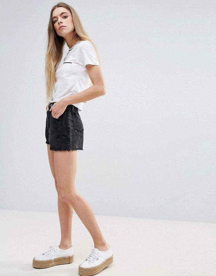 Get this Brave Soul's denim shorts now! Click for more details. Worldwide shipping. Brave Soul Denim Shorts - Black: Denim shorts by Brave Soul, Non-stretch denim, High-rise waist, Concealed fly, Functional pockets, Raw cut hem, Regular fit - true to size, Machine wash, 100% Cotton, Our model wears a UK 8/EU 36/US 4 and is 170cm/5'7 tall. (pantalón corto vaquero, vaquero, jean, jeans, tejano, tejanos, vaqueros, damaged, ripped, mom, distress, pantalones cortos de denim, girlfriend, kurze…