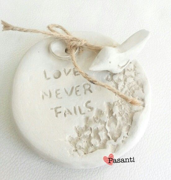 Porta argolla pedida de mano Love never Fails