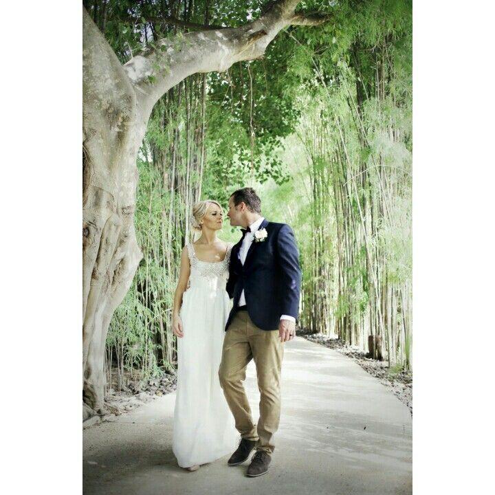 wedding in bali by victor malelak photography   photo@ victor_malelak  #weddingphotography #baliweddingphotographer #bali # bridestory #thebalibride #thebalibible #australiacouple #australia