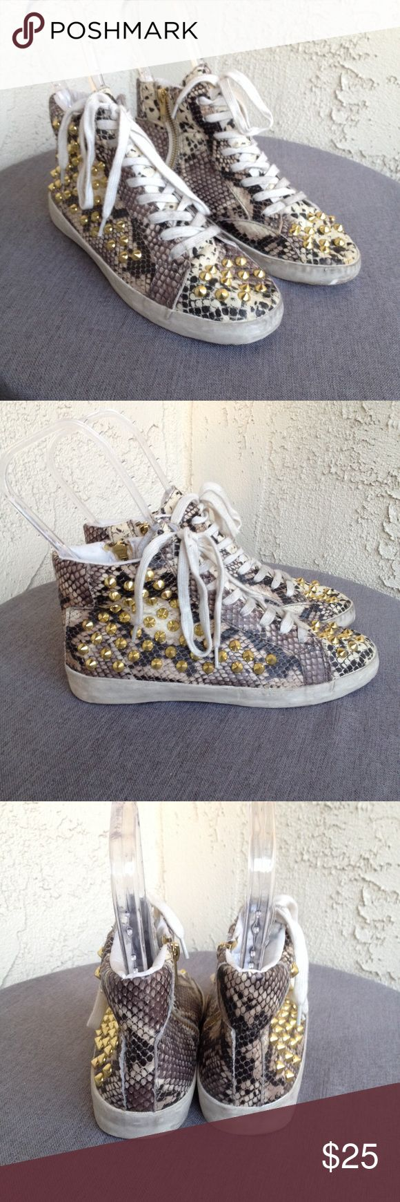 Steve Madden Gold Studded Snake Print Hi Top Shoes Steve Madden Women's Shoes Gold Studded Snake Print High Tops Zip Up Sneakers  Type: Shoes Style: Zip Up Sides / Lace Up / High Tops  Brand: Steve Madden  Size: 7.5  Heel Height: Flat   Material: Man Made Materials  Color: Brown / Gray / Cream / Gold  Condition: Great, Preowned Condition Country of Manufacturer: China  Stock Number: 0012 Steve Madden Shoes Sneakers
