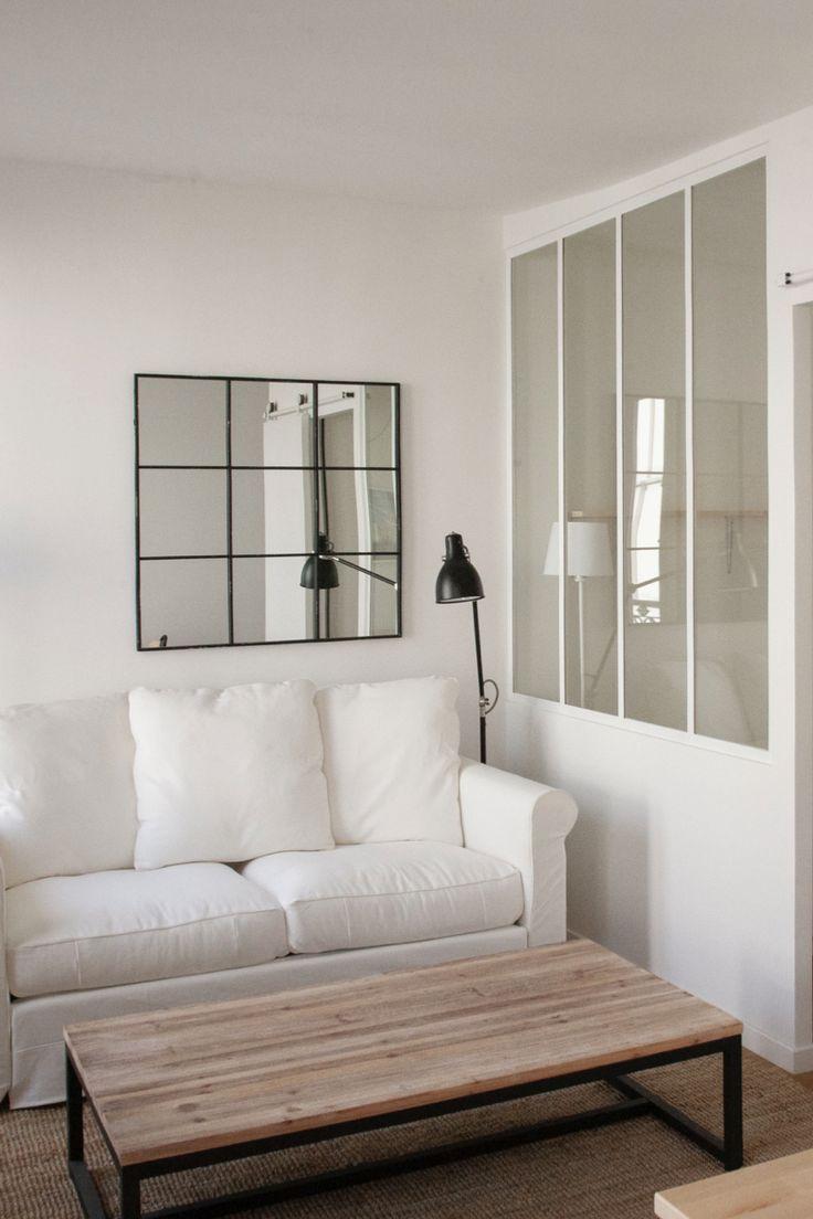 Salon lumineux avec verri re canap blanc et table basse - Salon lumineux ...