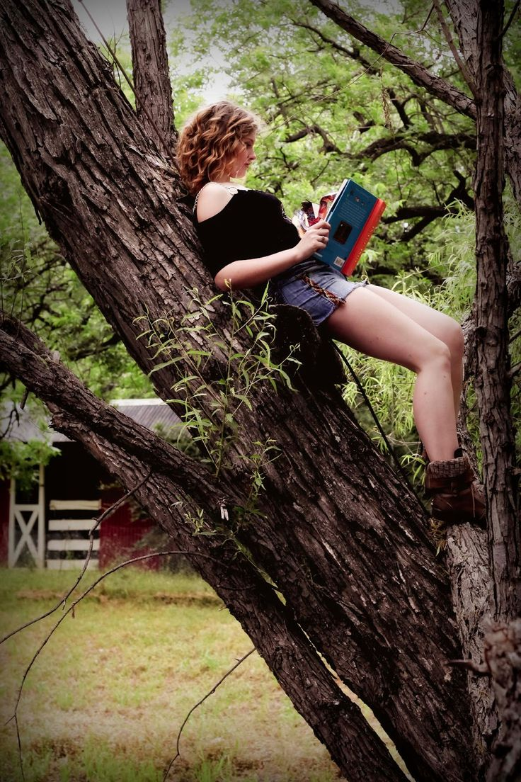 206 Best Nooks Images On Pinterest: 29 Best Images About Senior Poses With Books On Pinterest