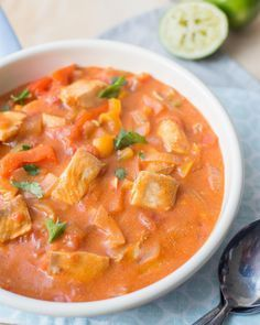 Braziliaanse visstoof - tilapia vervangen door kabeljauw of koolvis. Minder tomaat, vervangen door wortel