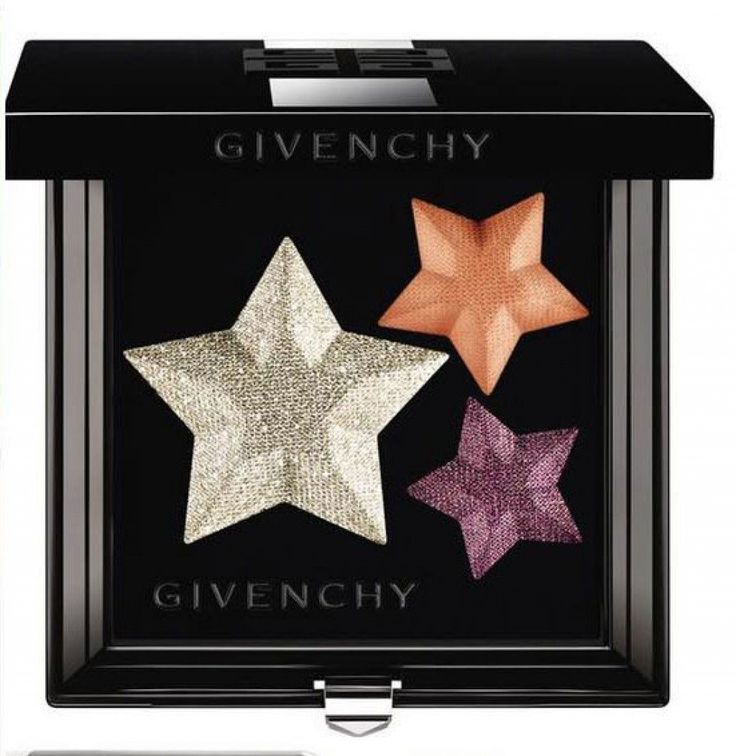 Givenchy 2016 Superstellar Collection Le Prisme Superstellar - Eye Shadow Palette. With Le Prisme Superstellar, Nicolas Degennes creates a bridge to a fantasy world inspired by super heroes and heroines. From the choice of colors to the originality of texture, create your own character and universe. Unexpected strength and intensity. An emancipated and indestructible woman, an everyday heroine who breaks natural laws. A cosmic star shape palette with 3 shades to illuminate and define eyes...