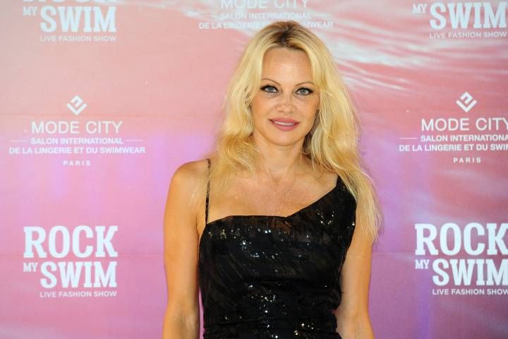 nice Canadian News - Pamela Anderson pulls out of vegan restaurant in France nine days after it opens - National #News in #Canada