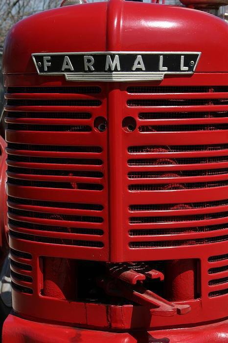 Farmall Grill