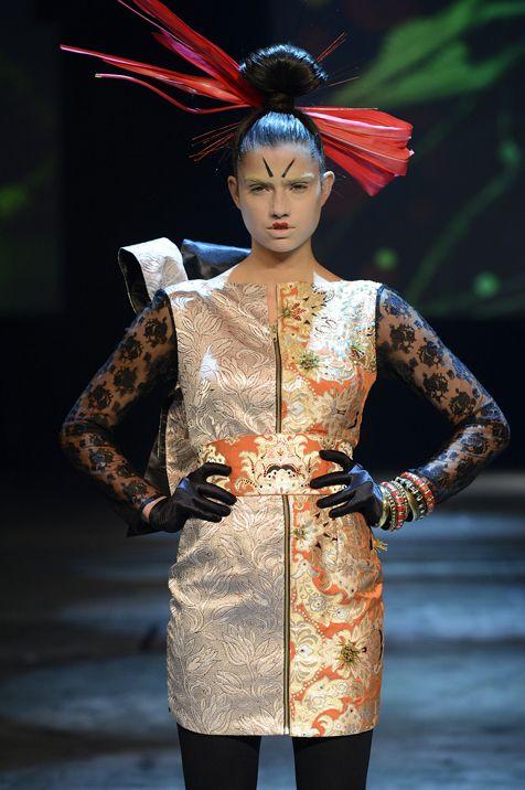 Melinda Looi Sets The Level For Savoir Faire Perth Fashion Week