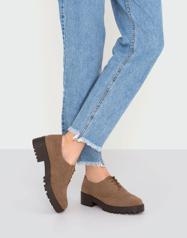 Delikli derby ayakkabı - Düz ayakkabılar - Ayakkabı - Kadın - PULL&BEAR Türkiye