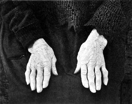 Paul Strand Manos.