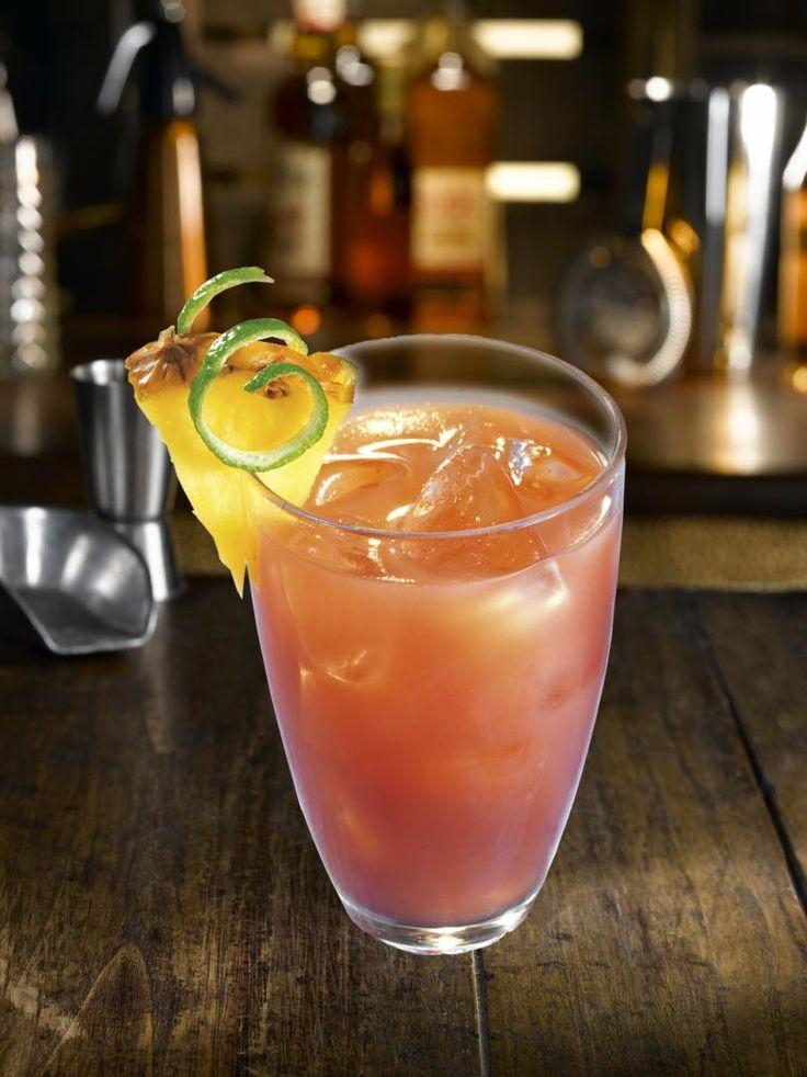 Cocktail Exotick avec rhum goyave et s.canne