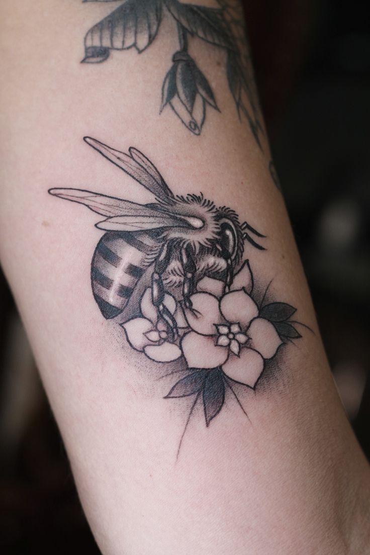 657 besten insect tattoos bilder auf pinterest t towierungen augen und berlin. Black Bedroom Furniture Sets. Home Design Ideas