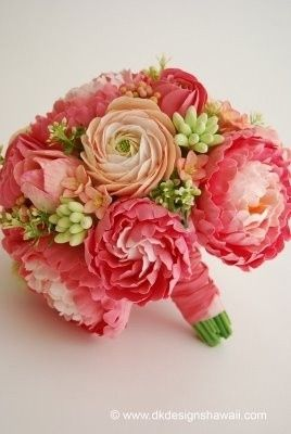 coral bouquet for bridesmaids