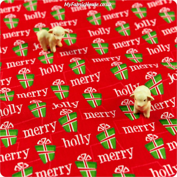 Christmas ♥ 53x49cm Red & Green Wrapped Presents Cotton Fat Quarter Fabric £2.99