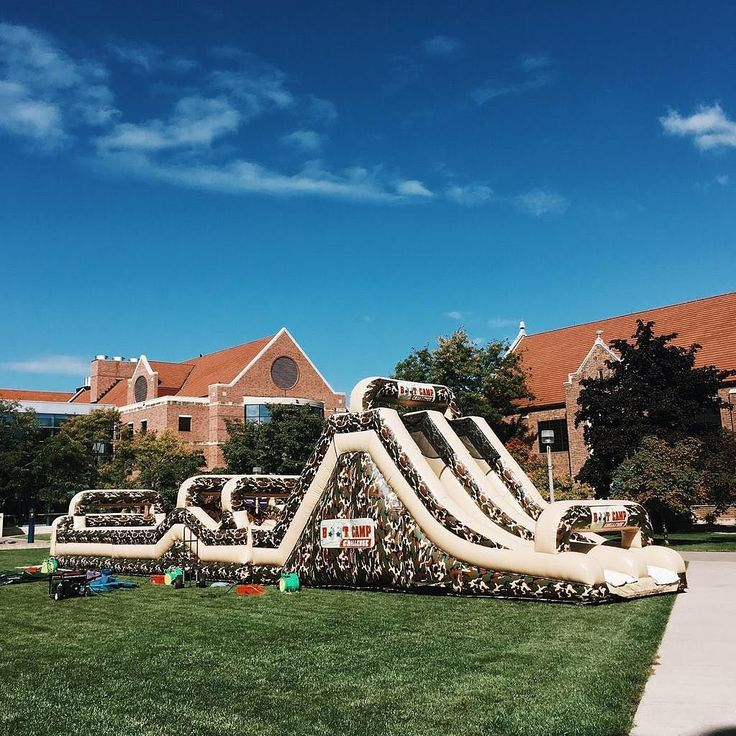 Kickoff your weekend with an inflatable boot camp obstacle course on the Phelps green. #fridayfunday