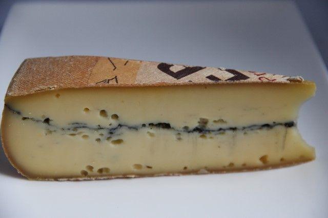 #morbier #fromage #lait #cru vache à pâte pressée non cuite #Franchecomté #doubs #Jura
