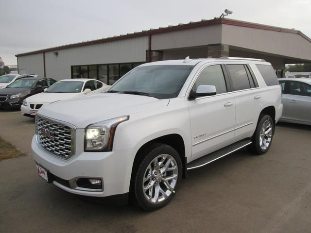 White Yukon Denali Ultimate Package Top Of The Line Gmc Yukon Gmc Yukon Denali Gmc Yukon Xl