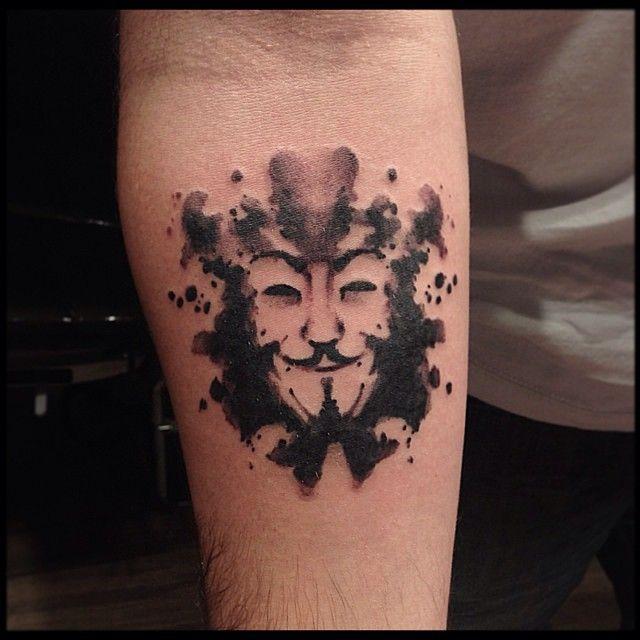 .@victormontaghini | V for vendetta! Tattoo