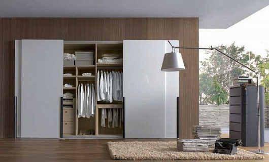 6 lemari tanam pakaian kamar tidur utama