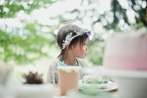 Whimsical Woodland Picnic – Little & Lively Photography: @efraserphoto Event Styling: @creativewifeandjoyfulworker Children's Outfit Styling: @littleandlively