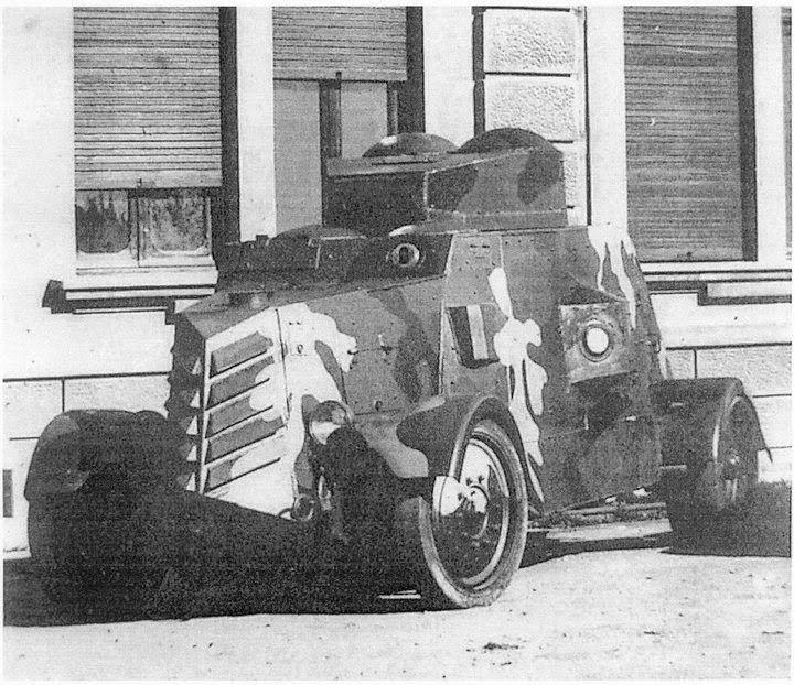 1936, tanqueta de la guerra civil, zona roja se fabricaron en Union Naval de Levante, Valencia VALENCIA EN 1937, GUERRA CIVIL