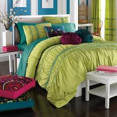 Bedspread and/or color scheme?