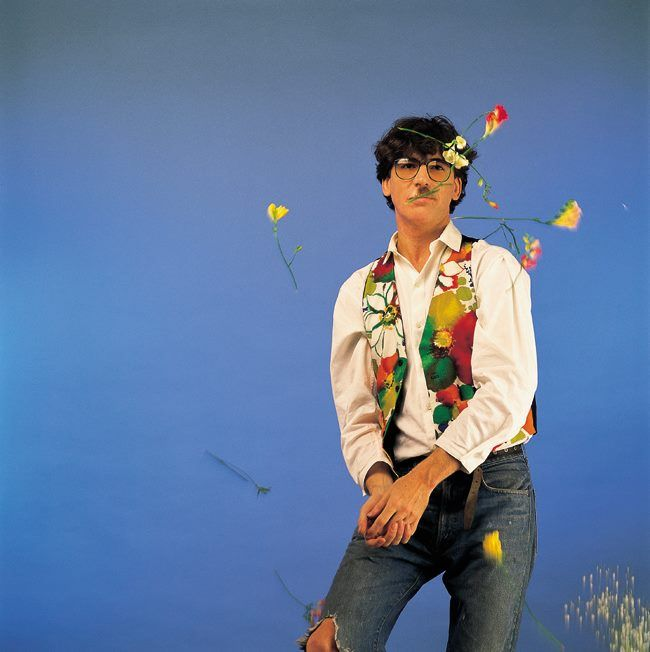 """Charly García in the photo production from his album """"How to Get Girls"""". Buenos Aires. 1989."""