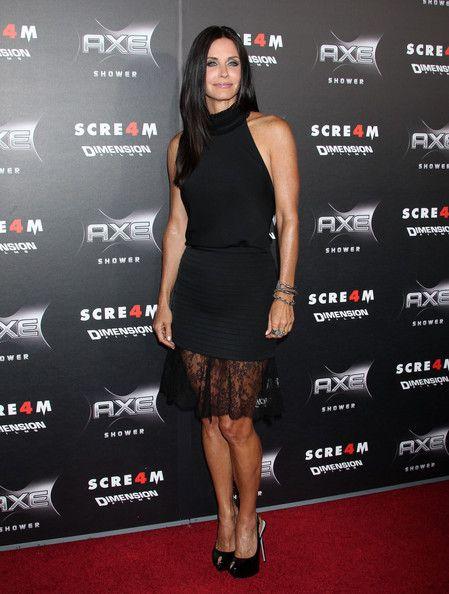 """Courteney Cox - """"Scream 4"""" World Premiere - Arrivals"""