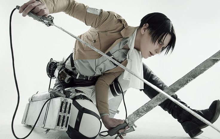 Attack on Titan Levi cosplay