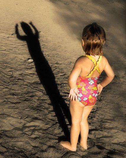 shadow photography- children beach photography- RJN Photography