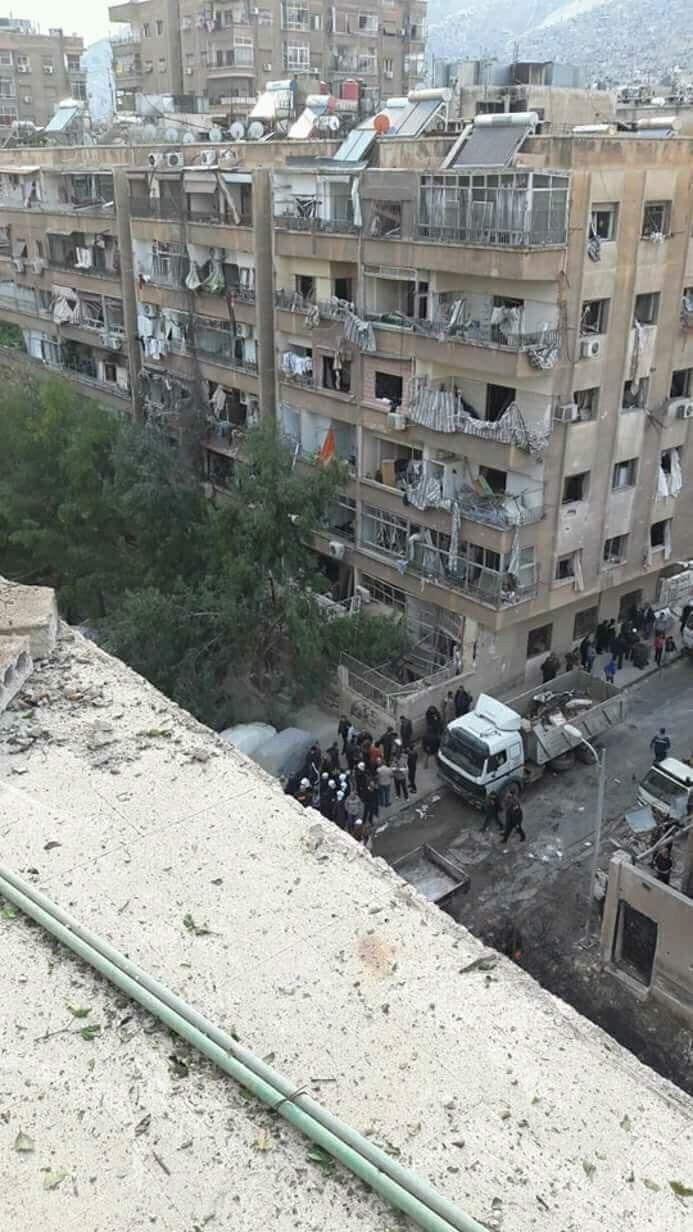 Pin By Mazen On Syrian Civil War Syrian Civil War War Building