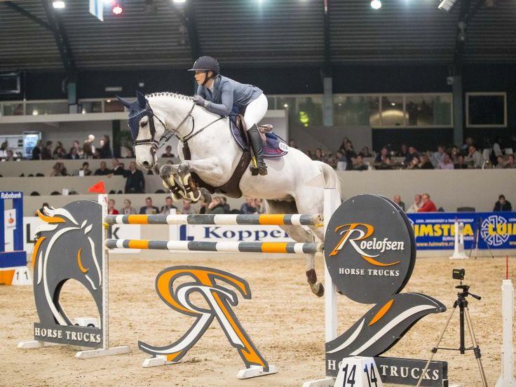 La amazona Jennifer Pedersen de Dinamarca consiguió una sólida victoria en el €24.700 Roelofsen Horse Trucks Prize, dominando la ronda de desempate.