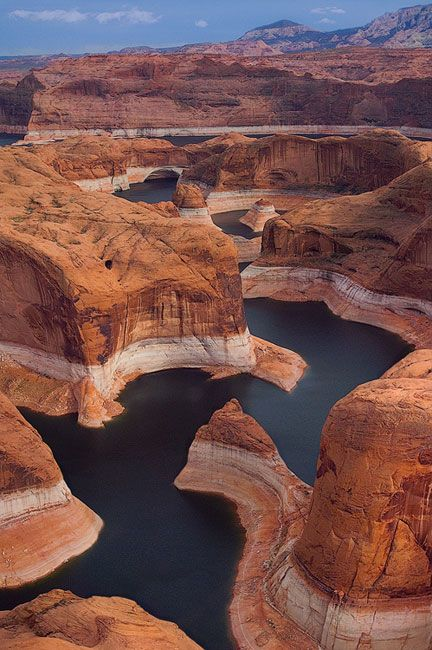 Nice Shot! Lake Powell, Glen Canyon National Recreation Area, Utah / Arizona, USA #thetraveler