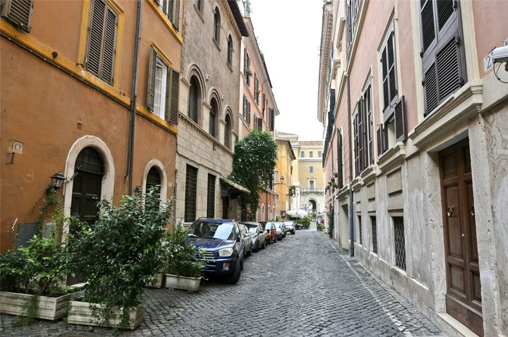 This 1 bedroom apartment in Via Della Cisterna, Trastevere Area, Rome is now on the market. Contact us today to arrange a viewing.