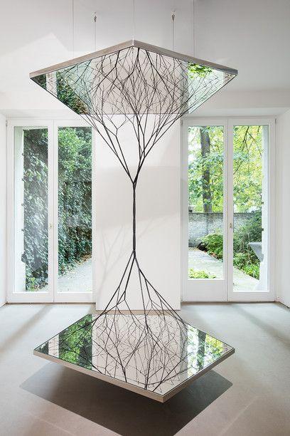 #art #mirror (Via: Surface and Beyond ) これはおもしろい! アート作品のお供にステンレス結束線!