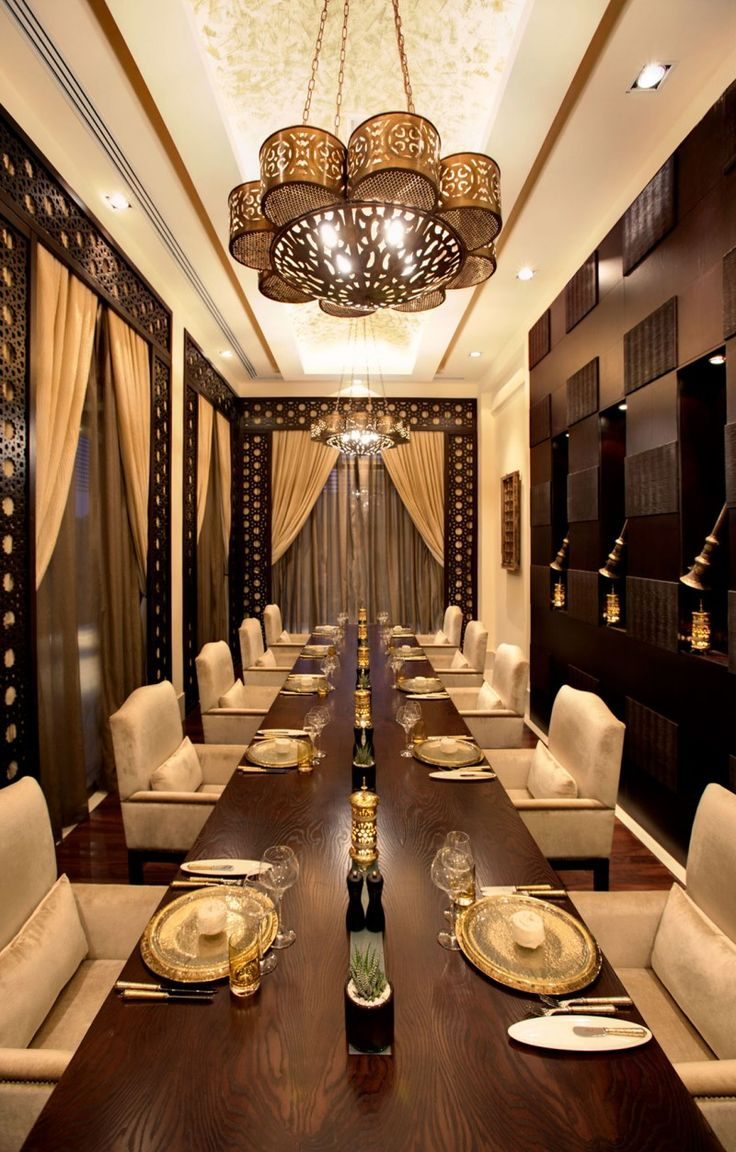 17 best ideas about luxury dining room on pinterest for Simple dining hall design