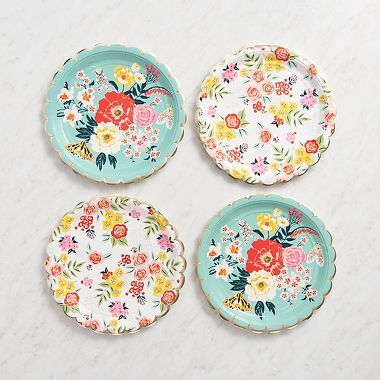 Stuff your face full of delicious goodies to reveal a lovely floral plate!  Make your next gathering bloom with color with this set of 10 large round paper plates.  These paper plates feature two Pape