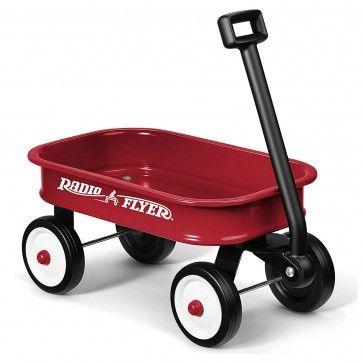 Pequeno Reboque Clássico Vermelho para crianças Radio Flyer  Este vagão vermelho pequeno do brinquedo é uma versão pequena do vagão original que você amou quando era criança.