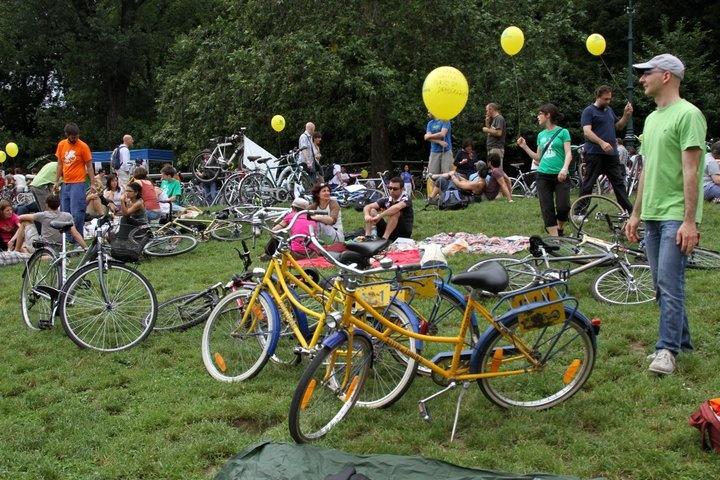 Bike Pride 2012, relax al #Valentino prima della partenza