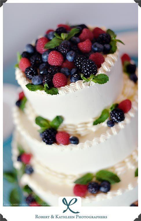 So cute. Summer berry wedding cake: raspberries, blackberries, blueberries