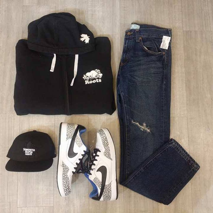 That outfit though! Ripped jeans are a fashion trend that's here to stay - We love the subtle rip on this pair. Top it off with some Nike's, a Roots hoodie & a #TML hat & you got yourself one blazing outfit bro. #PlatosClosetBrampton//guys #Levi jeans, size 32, $17//#Roots sweatshirt, med, $25//hat, 7 1/8, $12//#Nike shoes, size 11, $45// | www.platosclosetbrampton.com