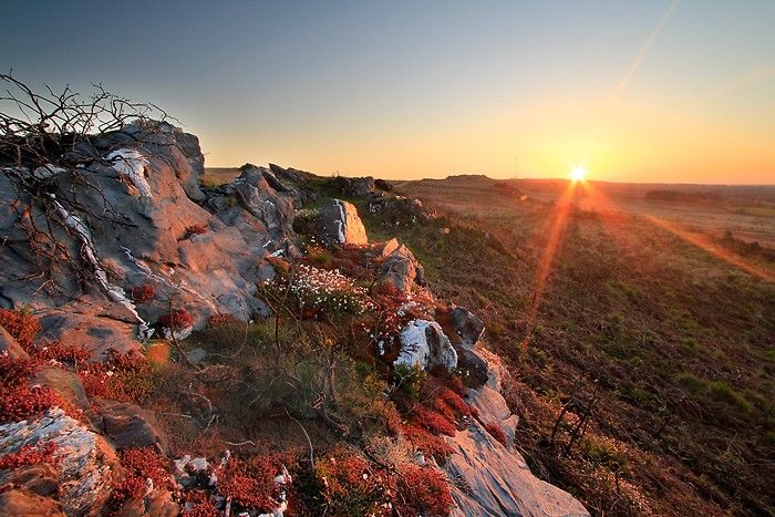 Le soleil se lève sur les Monts d'Arrée en Bretagne
