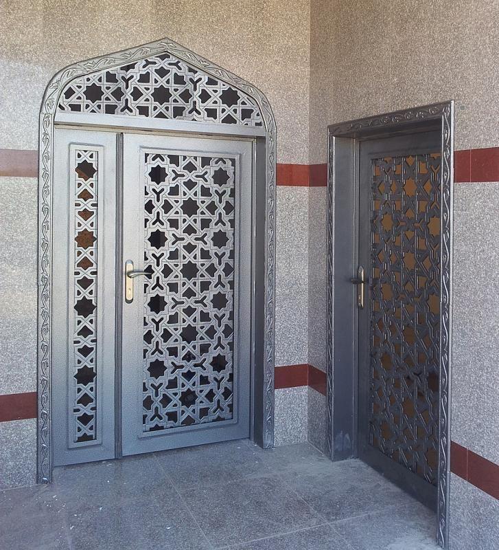معروض أبواب الألمنيوم والفولاذ Door Gate Design Metal Door Home Building Design