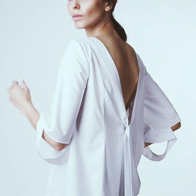 C A N V A S cotton top ▶⛵ Available at Maison Raquette ✔ #allwhite #ootd #ootdmagazine #maisonraquette