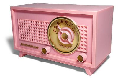 pink radio. assume this is bakelite. it appears Everything was pink in the 50s. That Mamie Eisenhower had quite the influence on total 50s economy!!
