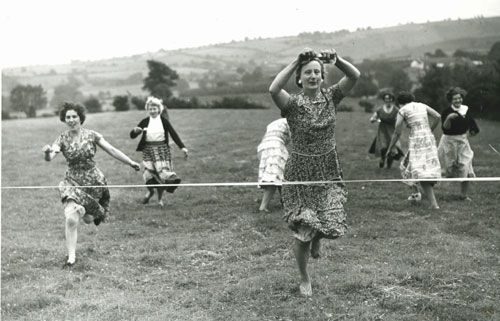 EGG AND SPOON RACE BACK WHEN: Echoes of Laughter: 40 Amazing Family Reunion Ideas
